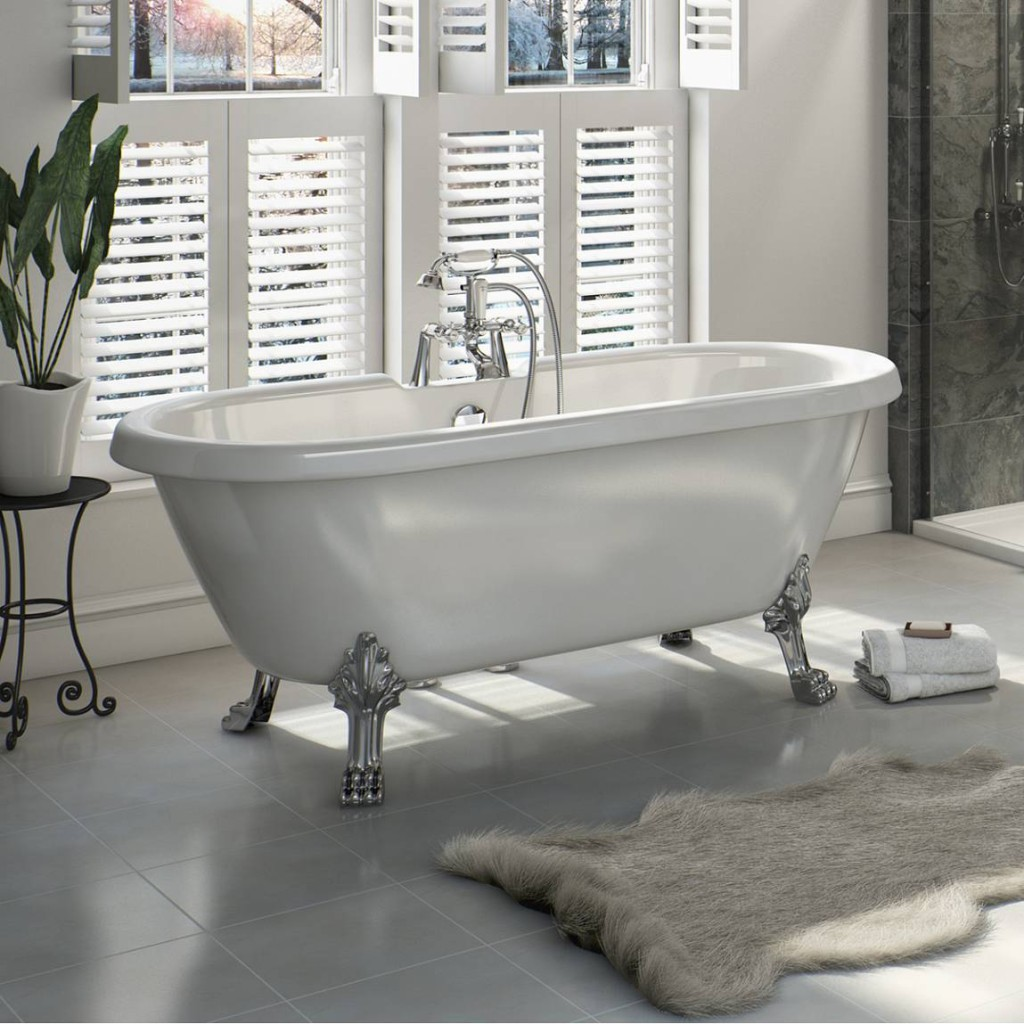 Shakespeare roll top bath