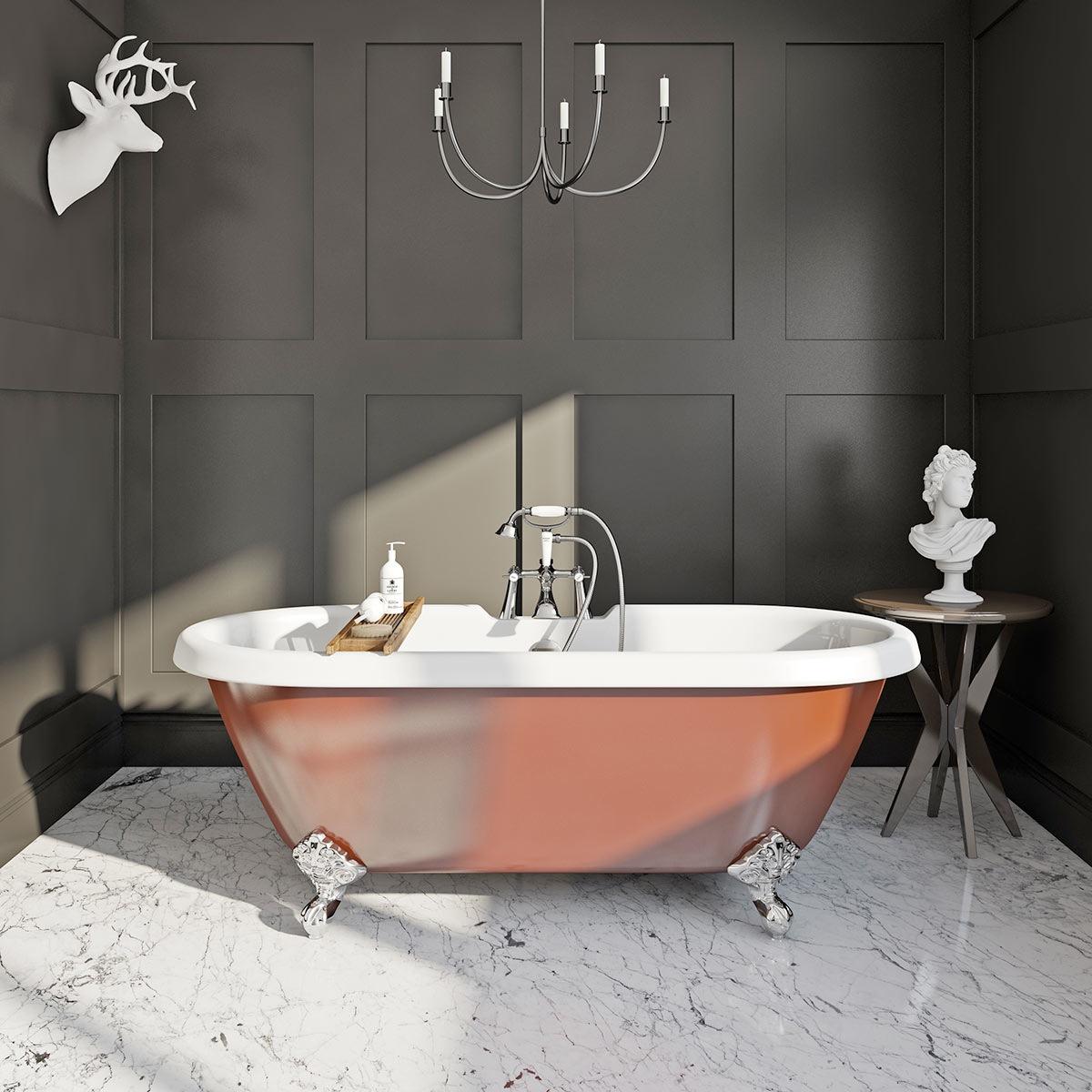 Russet coloured bath