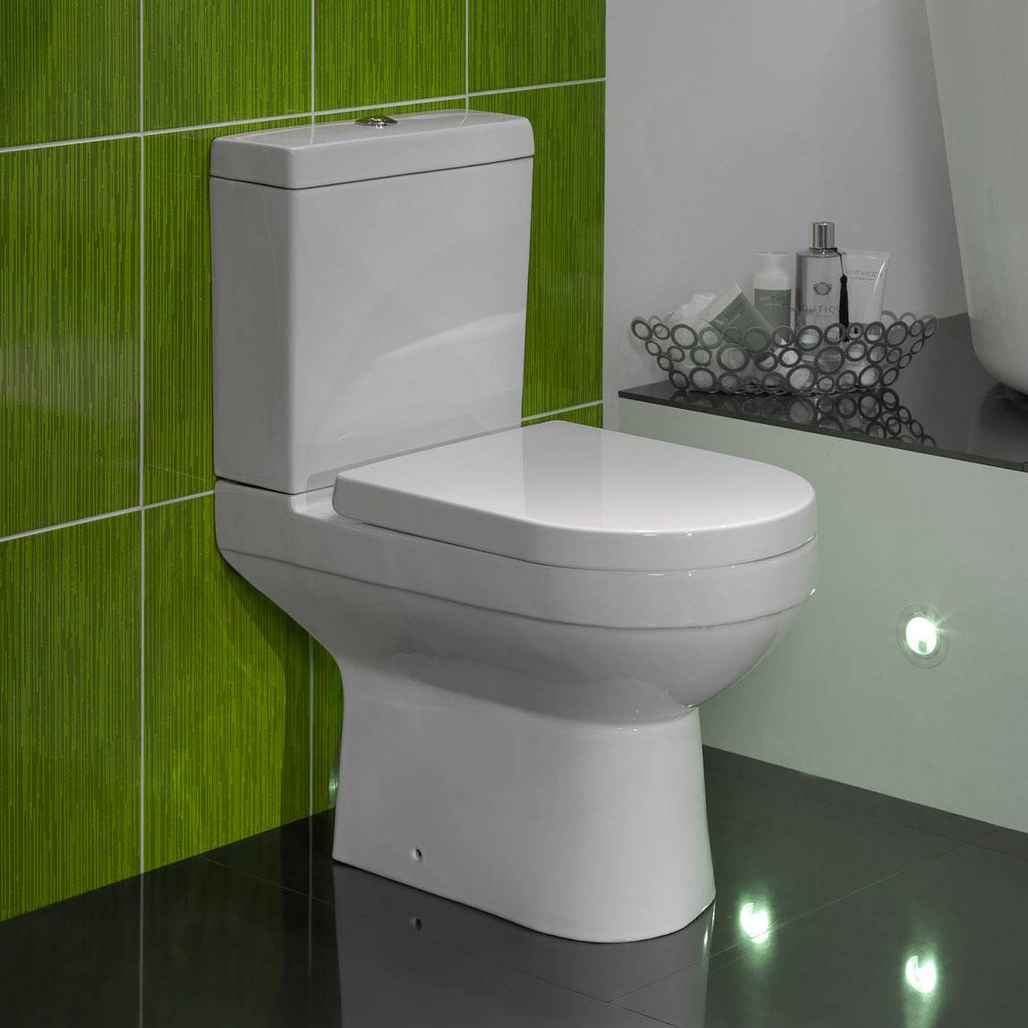 Balance Close Coupled Toilet inc. Quick Release Soft Close Seat