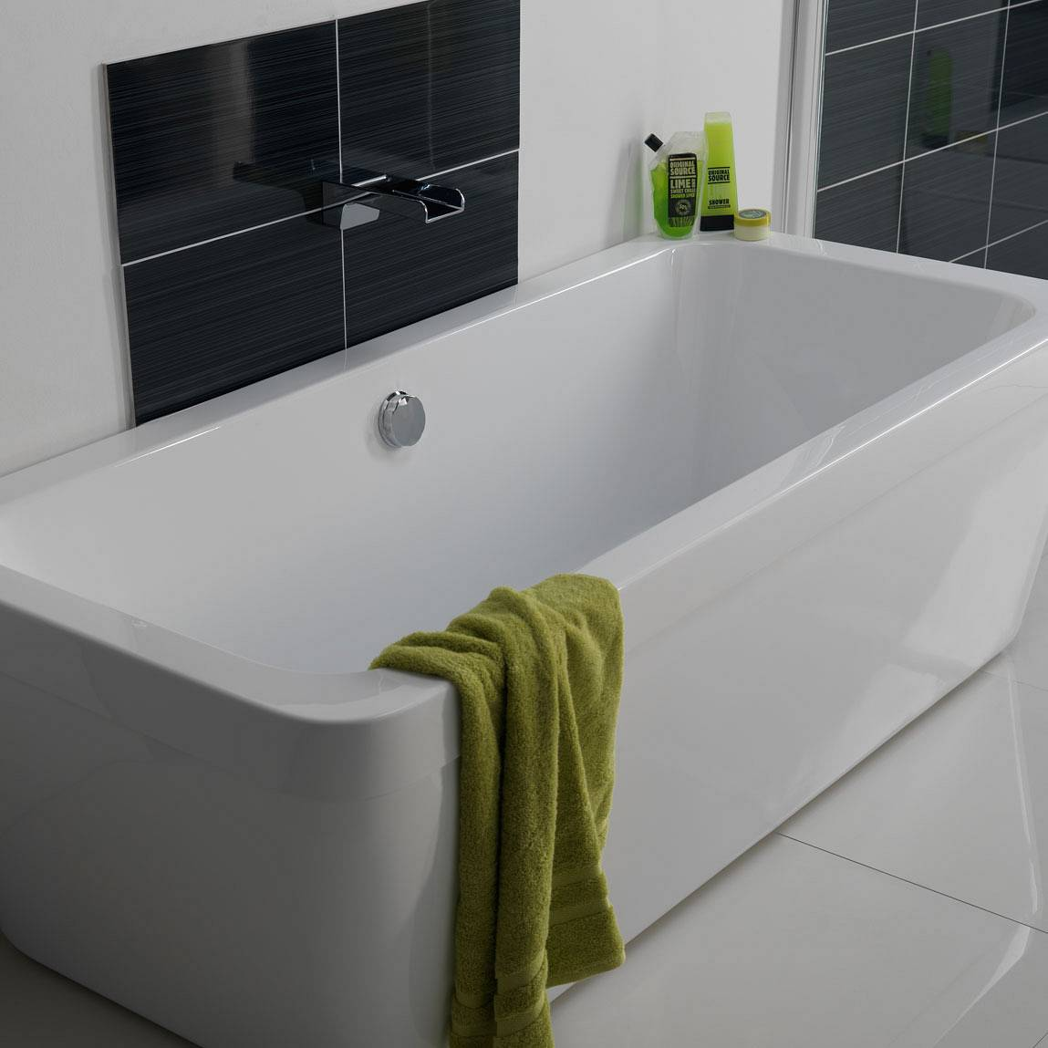 Quantum Waterfall Bath Filler Spout